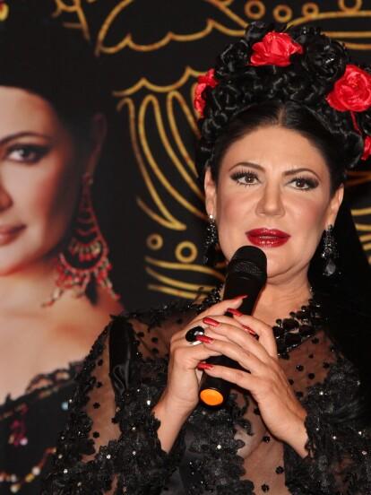 La cantante y actriz Alejandra Ávalos le rinde homenaje a la música mexicana con el disco 'México Majestuoso'.