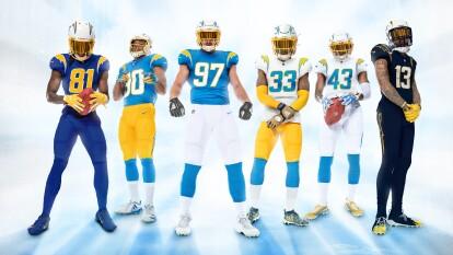 Inspirados en California de la década de 1960, llevan sus colores azul claro y oro brillante a la vanguardia de los uniformes; buscan reflejar su cultura tan diversa.