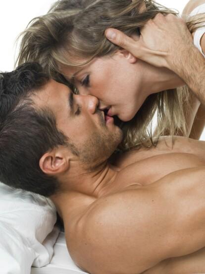 Así como los hombres, las mujeres también tienen sus posiciones favoritas. Descubre cuáles son las que más disfrutan en la cama