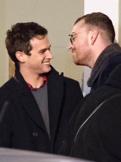 Brandon Flynn y Sam Smith salieron de paseo en Londres, Inglaterra (FOTO: The Grosby Group)