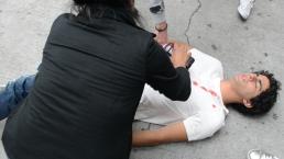 Detrás de: Rey sufre una golpiza