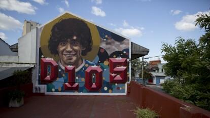 Diego Armando es un personaje fuera de serie, amado e idolatrado por muchos desde Italia hasta Argentina. Lo aman tanto que ha inspirado decenas de murales con su rostro, te mostramos algunos.