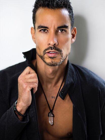 La mañana del domingo 24 de noviembre, fue reportado el secuestro del actor Alejandro Sandí, quien se encontraba en las inmediaciones del Nevado de Toluca con sus amigas, Esmeralda Ugalde y Vanessa Arias.