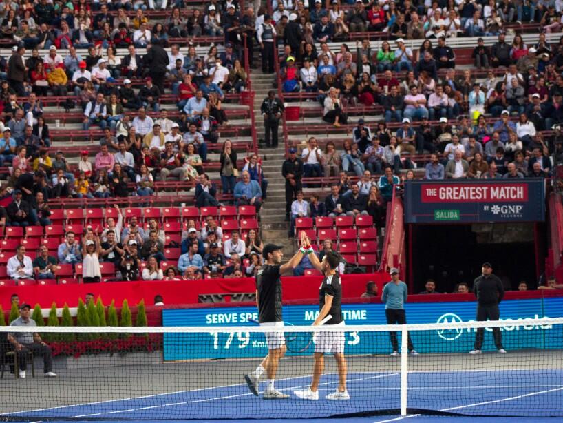 Federer_Zverev_Plaza_Mexico-4.jpg