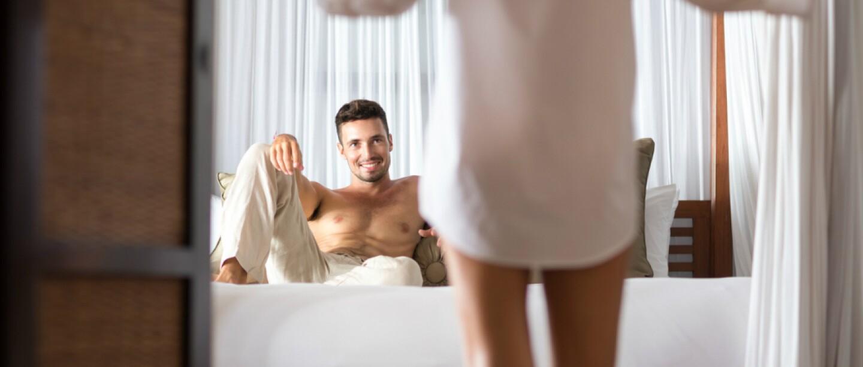 Sorprende a tu pareja con un ardiente striptease