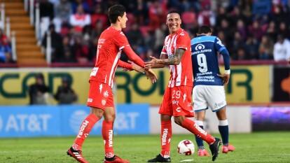 Necaxa llega a siete puntos y es sublíder momentáneo, a reserva del resultado entre Santos y Pumas ¡Estos Rayos ilusionan!