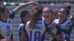 ¡Ya lo gana América! Mayra Pelayo abre el marcador 1-0 con cabezazo