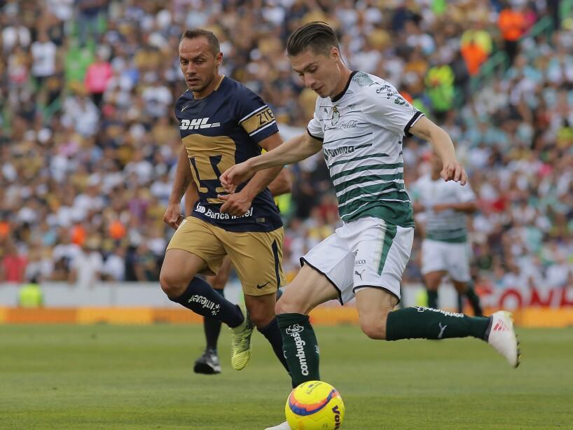Santos Laguna v Pumas UNAM - Torneo Clausura 2018 Liga MX