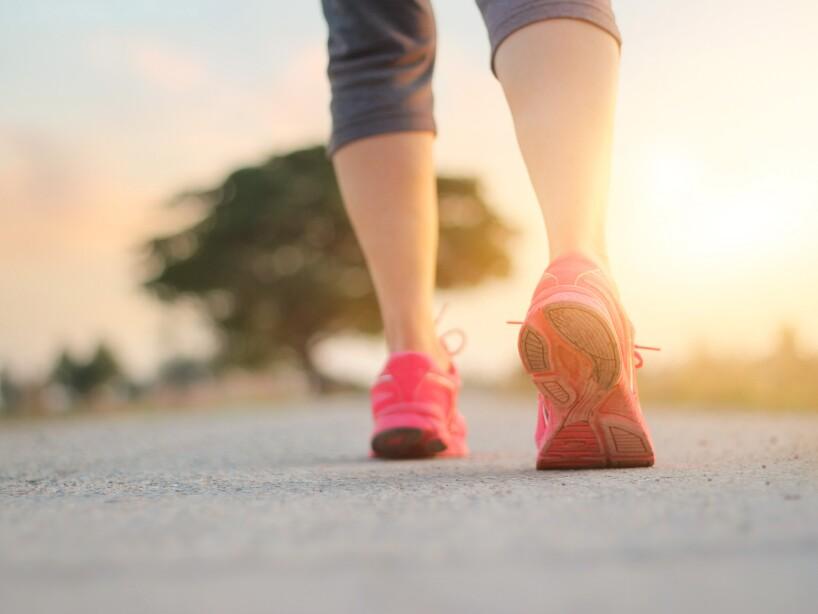 Siete beneficios de caminar todos los días
