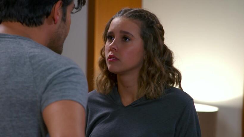 Victoria y Raúl discuten