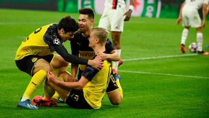 Erling Braut Haaland le gana la partida al brasileño Neymar y encamina a su equipo a clasificar a los cuartos de final de la UEFA Champions League.