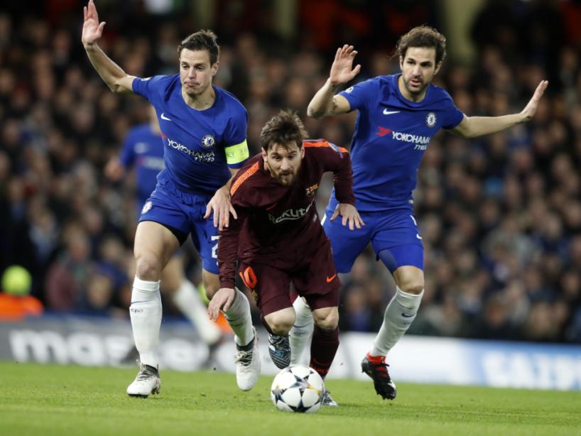 Messi y Fábregas, 2.png