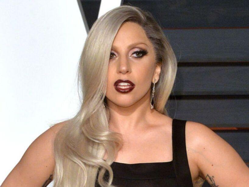 1. Lady Gaga: En 2010 se volvió noticia que un fantasma perseguía desde hacía más de tres meses a la cantante.