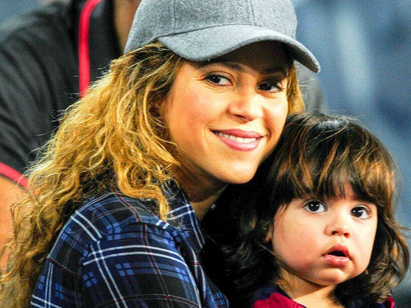8. Shakira: La colombiana más famosa del mundo también es mamá de Milan y Sasha, a quienes procreó con el futbolista Gerard Piqué.