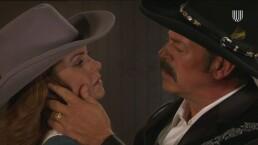 'Rosendo' trata de sobrepasarse con 'Valentina'