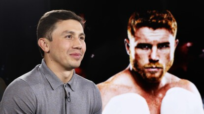 El experimentado boxeador kazajo nació un día como hoy, pero de 1982. Su padre fue ruso y su madre coreana. Hizo su debut profesional en mayo de 2006.
