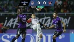 ¡Duelo de atajadas! Mazatlán FC y Atlas insisten, pero empatan 0-0