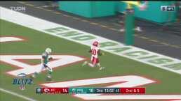 ¡Nadie los para! De Mahomes para Hill para el touchdown