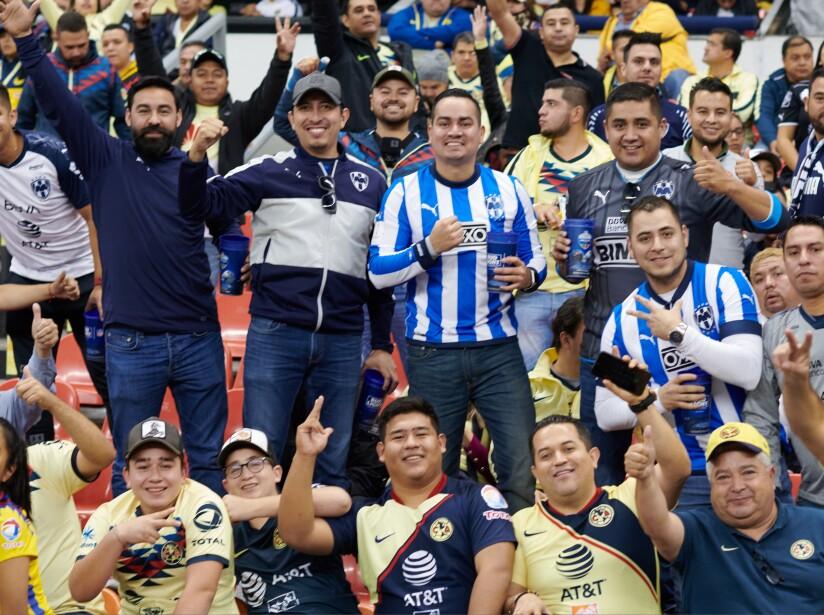 La afición de América y Rayados ya juega la Gran Final de la Liga MX.
