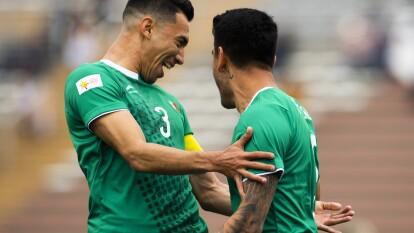 La Selección de México obtuvo una victoria sufrida e improbable a la vez, ya que jugaron la segunda mitad con un futbolista menos (expulsión), al superar 2-1 a Argentina en el segundo cotejo de la primera fase del torneo de los Juegos Panamericanos Lima 2019 con dos penaltis.