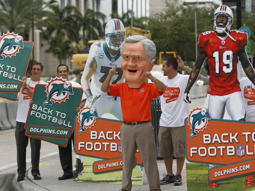 Dolphins Lockout Football