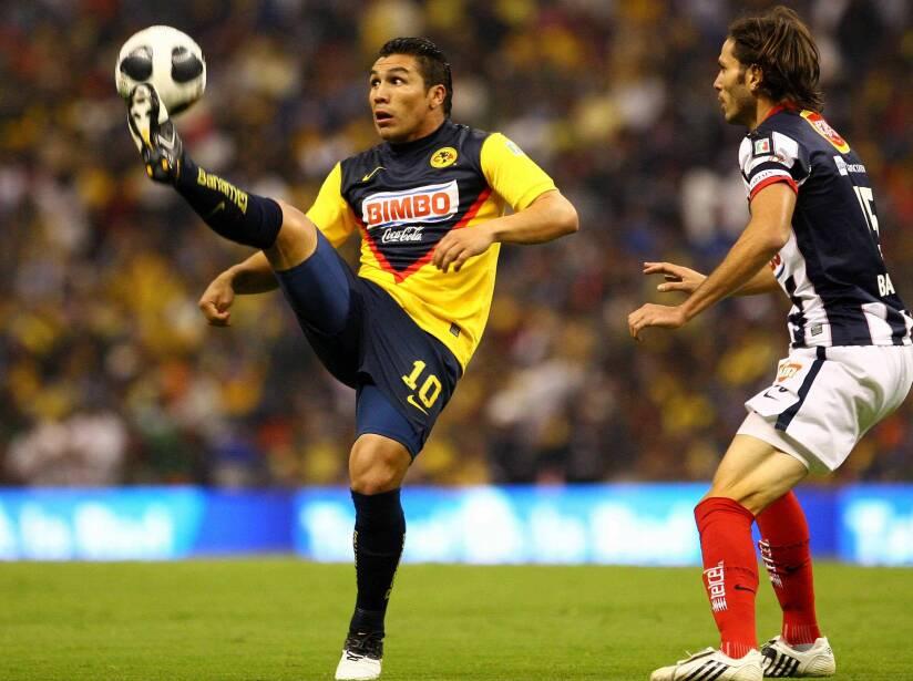 10 Salvador Cabañas.jpg
