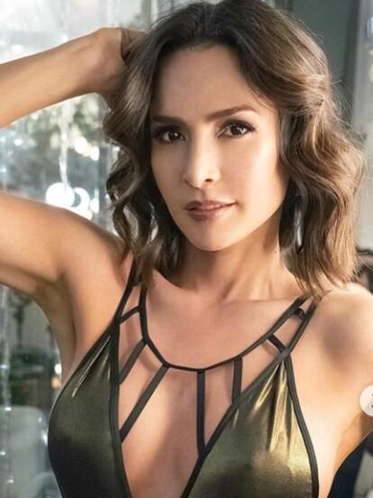 Carmen Villalobos terminó su participación en 'Sin senos sí hay paraíso' y tras permanecer con el mismo corte por tres años, decidió hacerse un radical cambio de look.