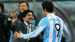 Higuaín le manda sus mejores deseos a Maradona