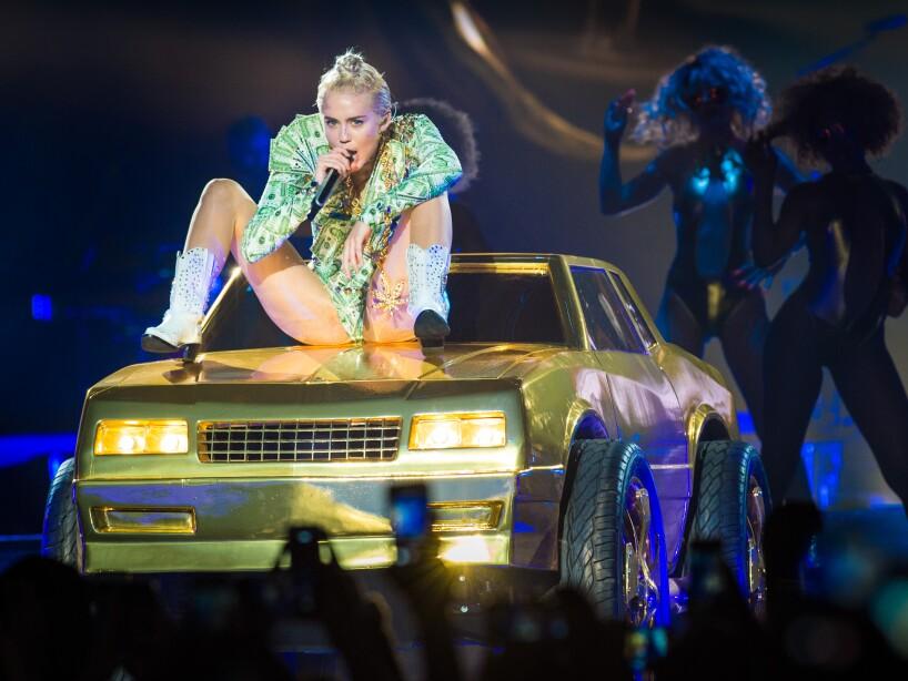 Los looks más controversiales de Miley Cyrus