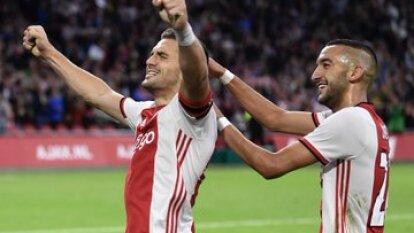 Ajax venció 3-2 al PAOK y está en la última fase de clasificación de la Champions League. Edson Álvarez se quedó en la banca.