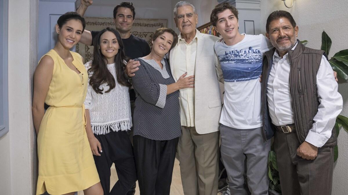 Eric Del Castillo En Mi Marido Tiene Familia
