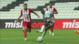 Besiktas se impuso sin problemas 3-0 al Antalyaspor en duelo amistoso