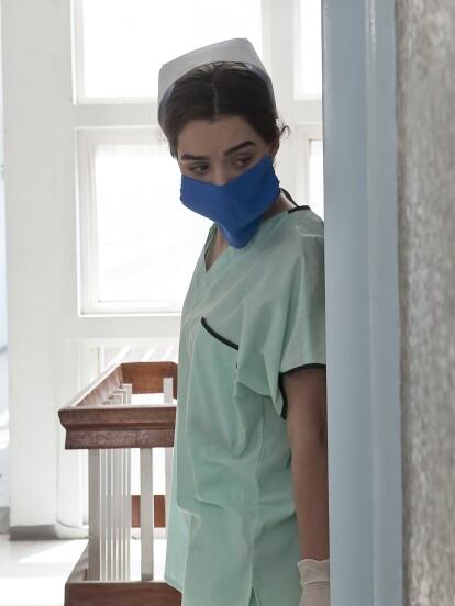 Sandra se inmiscuye en el hospital donde está internada su hermana para salvarla de Thomas Morrison.