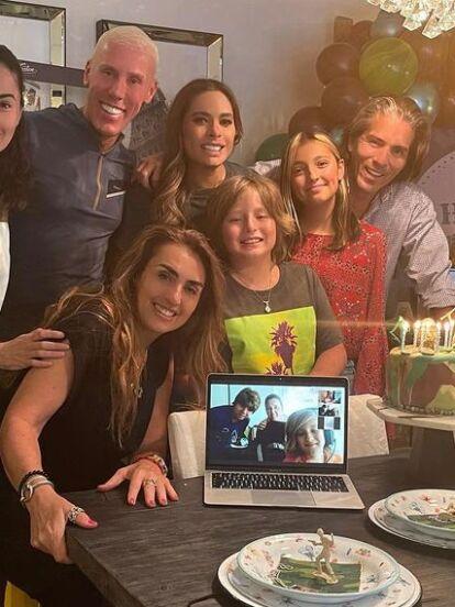 Este 23 de marzo, Galilea Montijo conmovió en redes sociales al celebrar con un emotivo mensaje el cumpleaños número 9 de su hijo Mateo, a quien también le organizó tremenda fiesta con casas de campaña y enormes arreglos con globos.