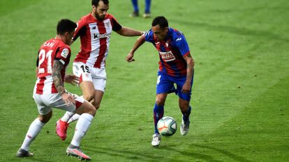 Con goles de Raúl García y Asier Villalibre, el Atletic Club viene de atrás dos veces para empatar el encuentro y sumar un punto.