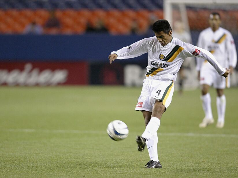 Jose Retiz kicks the ball