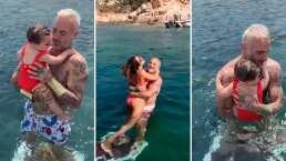 La bebita de Gianluca Vacchi se da su primer chapuzón en el mar ¡a ella le encanta!