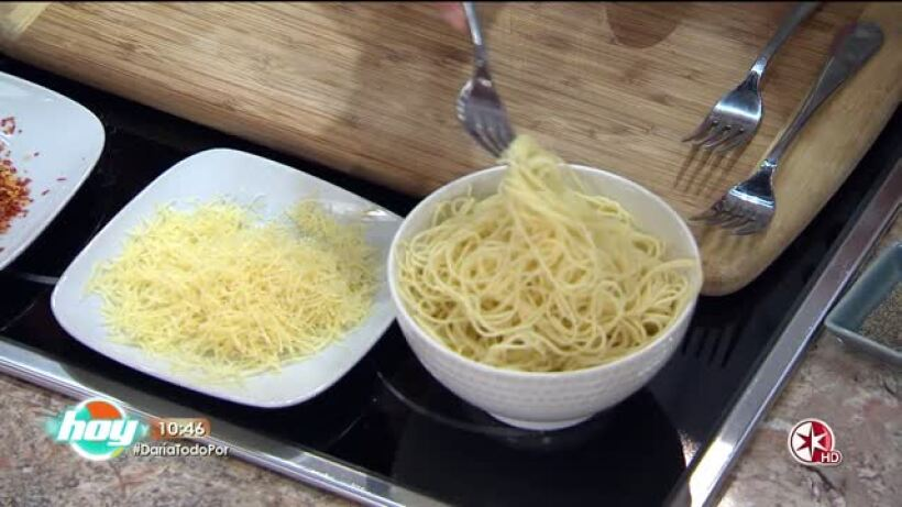 Cocina romántica: Pasta con aguacate crujiente