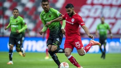 Darío Lezcano es el encargado de darle los puntos a los Bravos tras derrotar al Toluca.