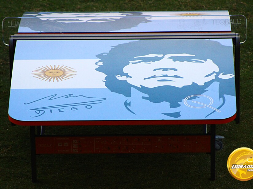6 Maradona.jpg