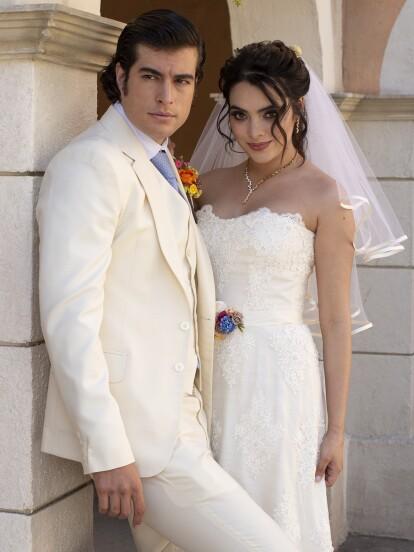 El supuesto día más esperado en El Rosario llegó: 'Mateo' y 'Sandy' unieron sus vidas ante Dios en una boda llena de problemas.
