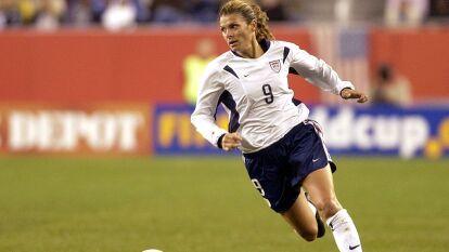 Mia Hamm ha sido considerada la mejor jugadora de futbol femenil en la historia.