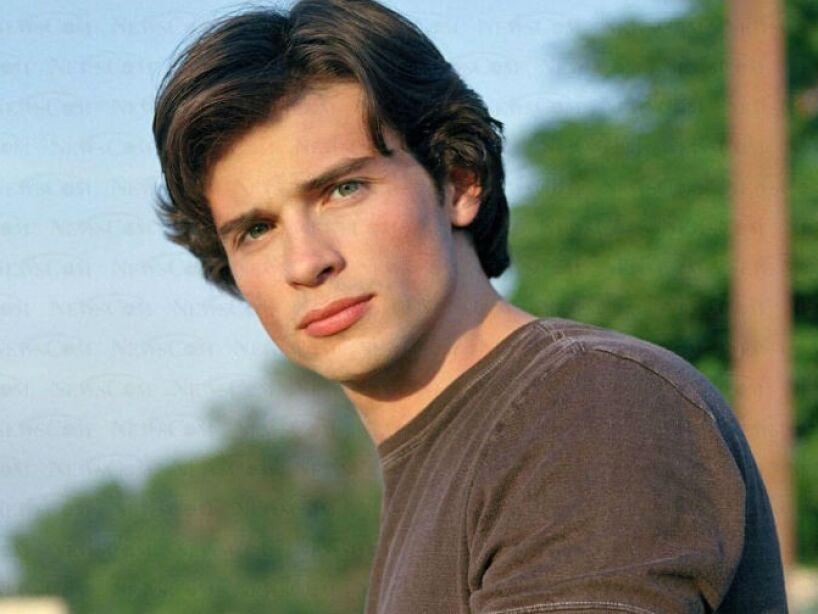 1. Tom Welling: El actor, conocido por su papel de Clark Kent en Smallville, mide 1.91 centímetros.