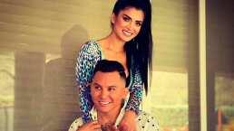 Edwin Luna sorprende a Kimberly Flores con nalgada y así reacciona la modelo