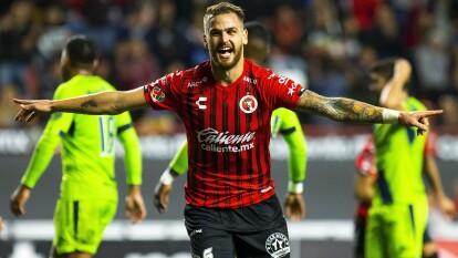 Cayeron ante Xolos 3-1 en el partido de ida de los Cuartos de Final. González Pírez (20') abrió el marcador para los locales. Al 62' Martín Rodríguez empató el marcador. Colula (78') hizo el 2-1 y al 82', Erick Torres puso el 3-1 final por la vía penal. La vuelta se jugará el 18 de febrero.