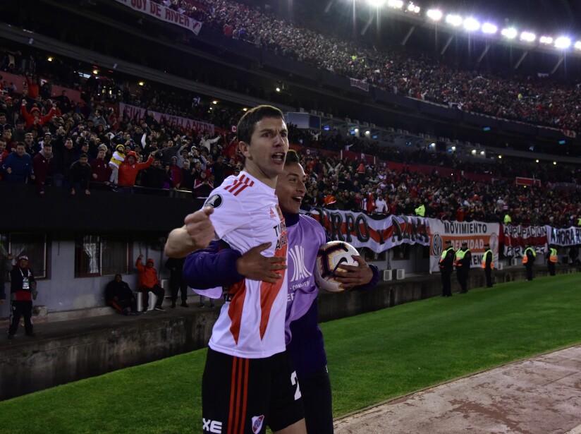 Los de casa se llevan la victoria en el primer episodio de semifinales de la Copa Libertadores.