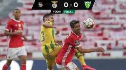 Roba Benfica el liderato al Porto a pesar de no ganar