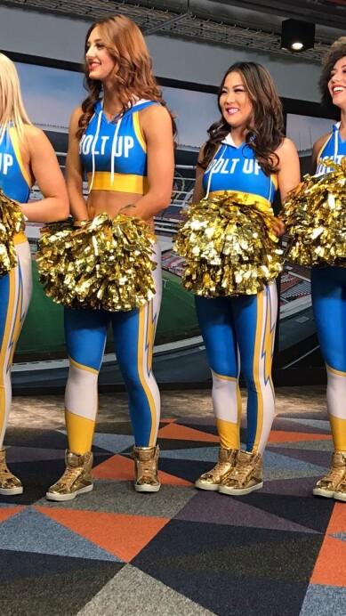 Chargers Cheerleaders 16.jpeg