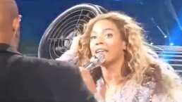 A Beyoncé se le atascó el cabello en un ventilador en pleno concierto y nunca dejó de cantar