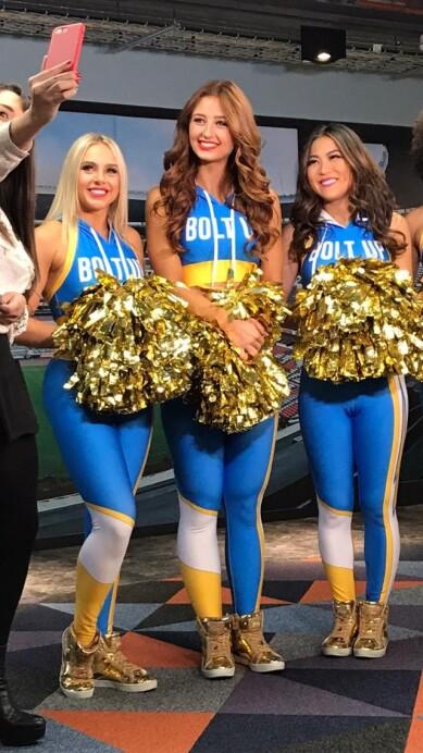 Chargers Cheerleaders 8.jpeg